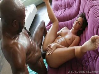 Sexy Bitch Takes Massive Black Prick In Her Ass And Pussy
