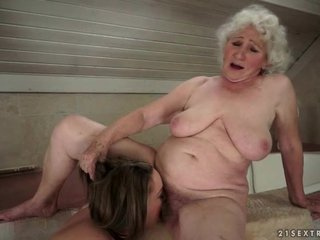 Old and Young Lesbians make love