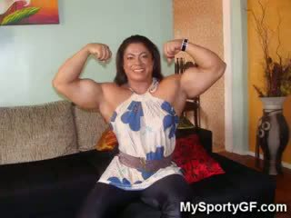 Muscle GFs At The Gym!