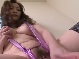 asian pissing and masturbation