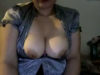 Hairy pussy with big tits and nipple plays on cam