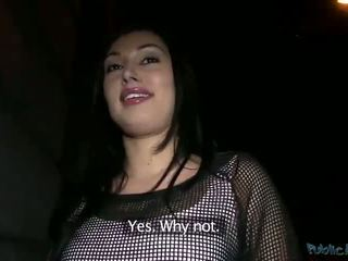Slutty amateur Rosalinda fucked for cash