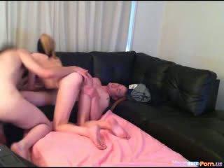Homemade bi sex 3some