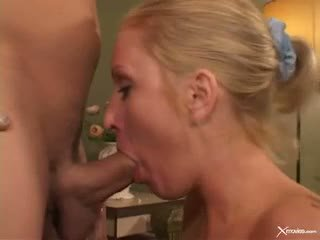 Cameron James Mouth Polishing The Cock Of Hot Guy