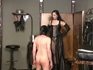Mistress uses slave