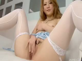 Sakamoto Hikari Fingers Her Trimmed Pussy Before Adding A