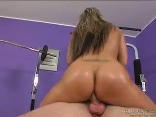 Horny Bubblebutt Christina Lee Sucks And Fucks A Big Rod