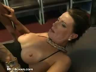 MILF Pussy Gets Pounded
