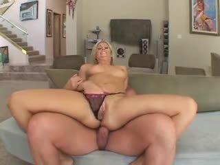 Fayth DeLuca hot blonde