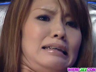 Vibrator insertion in Japanese girl Tsubomi