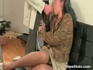 Horny Mature Slut Gets Wet Pussy Part4