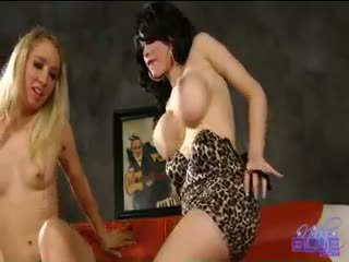 Fun With Sarina Valentina