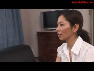 Milf Cleaning The Room Giving Blowjob For ...