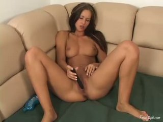 Brunette Susana Spears Stuffing Sex Toy Into Her Tiny Aperture