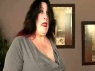 Tall plumper gets down and dirty with cock sucking