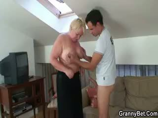 Old Pussy Loves Young Meat