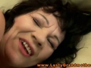 Old gilf gets mouthful of cum after fucking