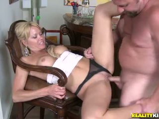 Milf Hunter: Jeny gets right to the point with Hunter and enjoys herself by the bar