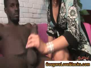 Hot interracial cougar gets ebony shaft