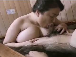 Asian mature BBW Mariko pt2 Bath (no censorship)