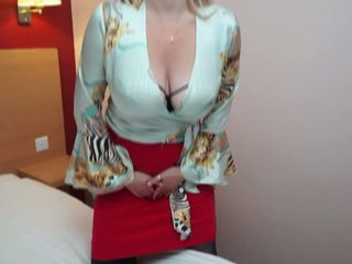 Busty Natural Mom with Hairy Thirsty Cunt: Free HD Porn de