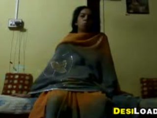 Indian Aunty Wants That Cock