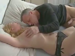 Slut Mature Mom: Free Swingers Porn Video 25