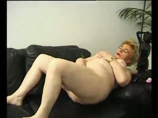Blonde granny getting off - Julia Reaves