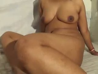 Cute Indian Aunty Nude Show And Blowjob With Her P