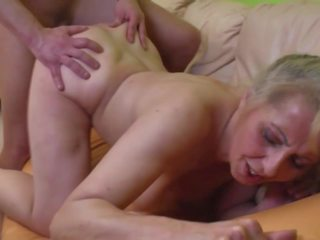 Desperate Granny Seduced Younger Dude, HD Porn a1
