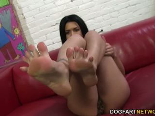Eva Angelina Jerks off BBC with Her Sexy Feet: Free Porn 02