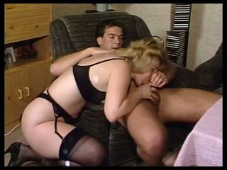 Amateur Mature Fuck in Home with Stranger - Lostfucker