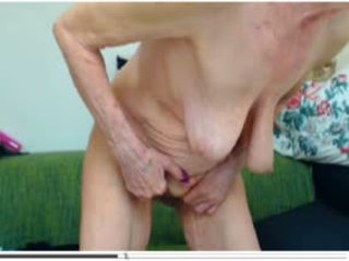 Wrinkled Granny On Cam