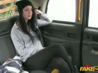 A Brunette Tourist Gets Fucked And Cummed Inside A Cab
