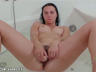 Viki Bathing with a Bush, Free ATK Hairy Porn 12