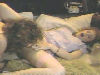 Gator 450: Vintage & Threesome Porn Video 6b