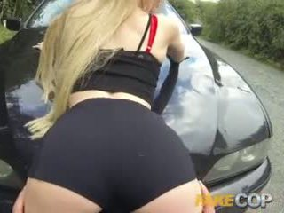 Fake Cop Tiny bodied slut fucked in police car
