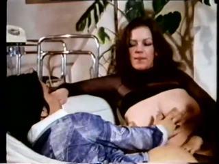 Gator 470: Vintage & Threesome Porn Video c6