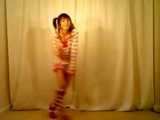 Girly Hormone Nice Dance