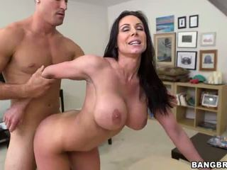 Miami Loves Kendra Lust S Big Tits And Ass