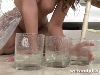 Frida Start in exclusive hd peeing video