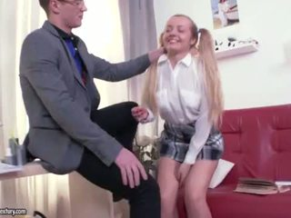 "Tiny blonde Sara Hilton rough ass fuck <span class=""duration"">- 6 min</span>"