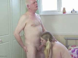 Daddy S Stepdaughter: Daughter HD Porn Video 2d