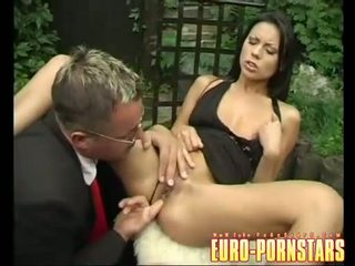 Sweetheart Vanessa Smokes fills her juicy mouth with a meaty hard cock