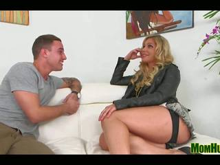 Getting it in: Free MILF Hunter channel HD Porn Video 14