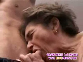 Ancient hairy granny in stockings fingered suck and fuck par