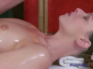 Massage Rooms Sexy Brunette Milf Squirts Before Riding a Big Thick Cock