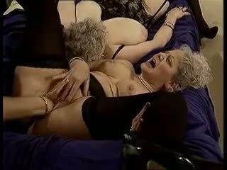 A Nous Les Mamies: Free Granny Porn Video ad