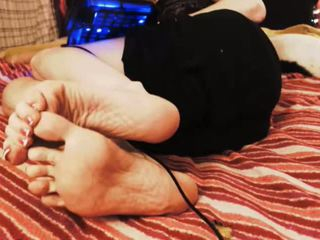 GILF Wrinkled Soles Feet in Face - No Sound: Free Porn c1