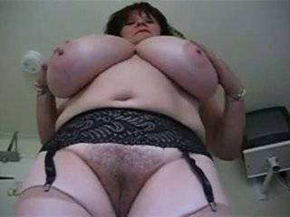 Mature Woment With Big Tits And Hairy Pussy